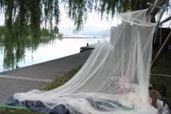 Nachtlager am Genfer See.